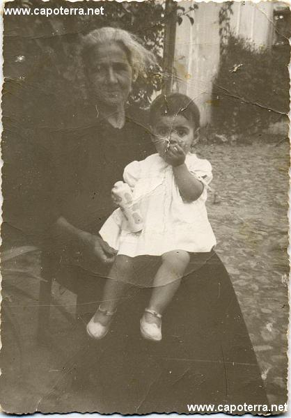 va_10_marisa_e_nonna_dessi_1959_(Custom)