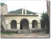 Attuale facciata porticata della chiesa