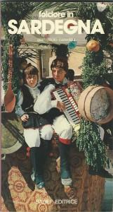 Copertina di una fortunata pubblicazione sul folklore sardo - Tracca capoterra 1981